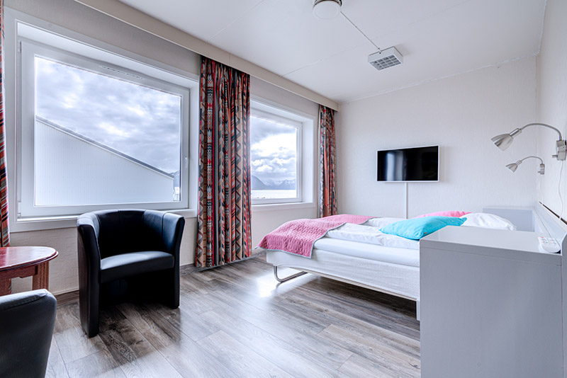 Standard double room - Melbu Hotell