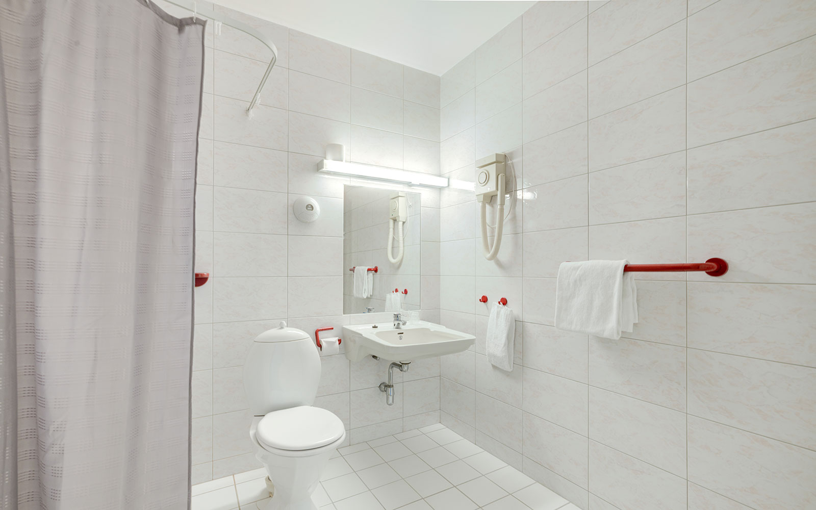 Melbu hotell toalett og dusj på standard enkeltrom
