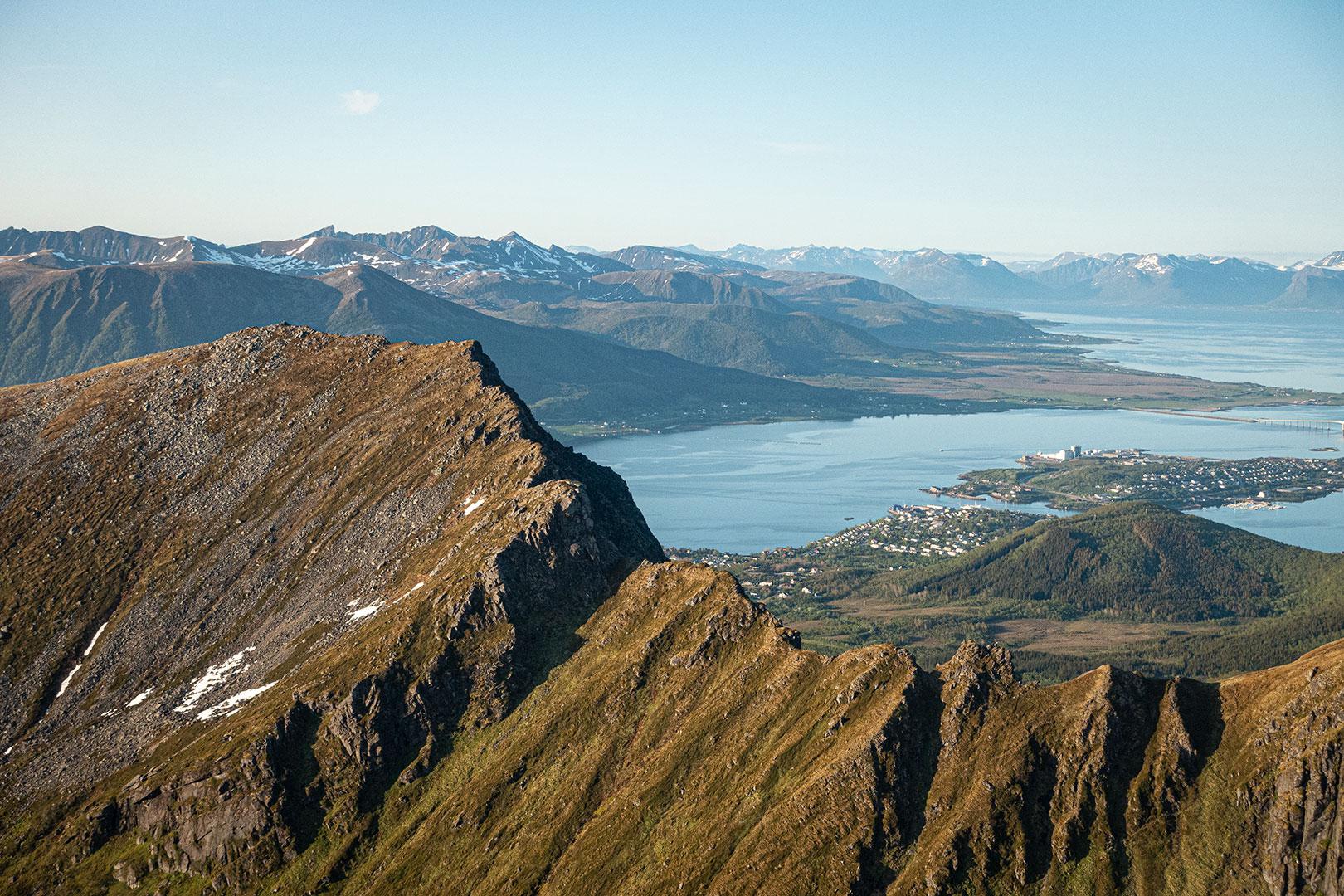 Fjelltopp Motinden på Hadseløya